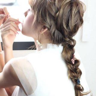ロング 編みおろしヘア ゆるふわ 編みおろし ヘアスタイルや髪型の写真・画像