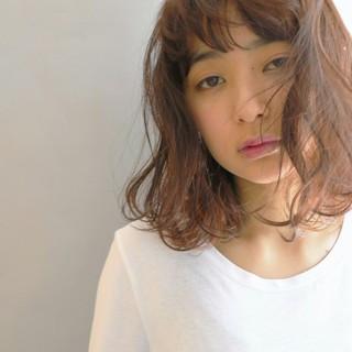 大人かわいい アッシュ 前髪あり 外国人風 ヘアスタイルや髪型の写真・画像