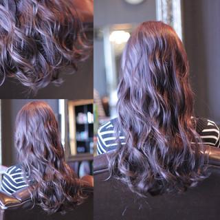 ウェーブ モード ウェットヘア ロング ヘアスタイルや髪型の写真・画像