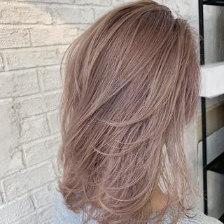 大人ミディアム フェミニン ミディアム 鎖骨ミディアム ヘアスタイルや髪型の写真・画像