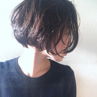 前下がりボブ ショートボブ ショート ナチュラル ヘアスタイルや髪型の写真・画像