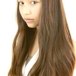外国人風 ストレート 前髪あり ロング ヘアスタイルや髪型の写真・画像