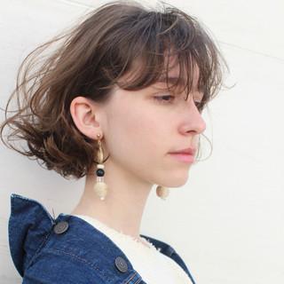 こなれ感 斜め前髪 ナチュラル ショート ヘアスタイルや髪型の写真・画像