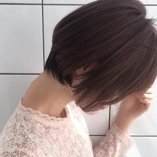 フェミニン 大人かわいい 小顔 ショート ヘアスタイルや髪型の写真・画像