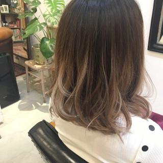 カール 外国人風 ボブ グラデーションカラー ヘアスタイルや髪型の写真・画像