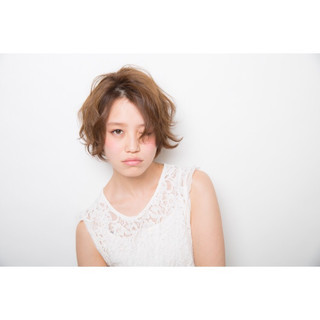 ショート デジタルパーマ パーマ ナチュラル ヘアスタイルや髪型の写真・画像