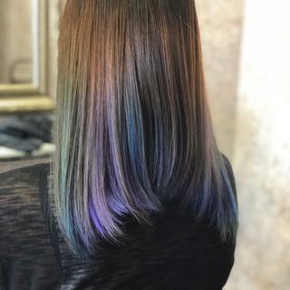 インナーカラー ハイライト グラデーションカラー セミロング ヘアスタイルや髪型の写真・画像