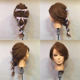 編み込み セミロング くるりんぱ ヘアアレンジ ヘアスタイルや髪型の写真・画像