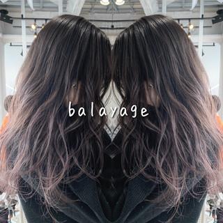 バレイヤージュ エレガント 外国人風 透明感 ヘアスタイルや髪型の写真・画像