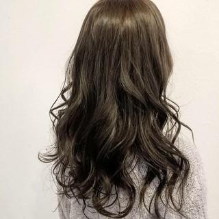 ハイライト 暗髪 大人かわいい ロング ヘアスタイルや髪型の写真・画像