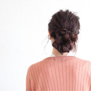 ヘアアレンジ 秋 ルーズ 暗髪 ヘアスタイルや髪型の写真・画像