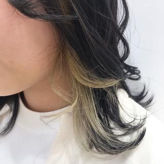 ハイライト ポイントカラー アクセサリーカラー ミルクティカラー ヘアスタイルや髪型の写真・画像
