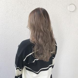 ロング コンサバ 外国人風カラー ブリーチ ヘアスタイルや髪型の写真・画像