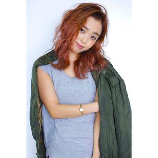 外国人風 ハイライト グラデーションカラー パーマ ヘアスタイルや髪型の写真・画像