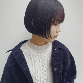 ミニボブ ショートボブ モード ネイビーブルー ヘアスタイルや髪型の写真・画像
