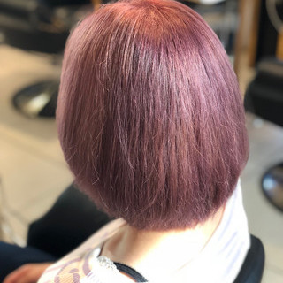 ボブ ダブルカラー ピンク ブリーチ ヘアスタイルや髪型の写真・画像