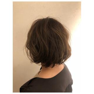 大人女子 ナチュラル ゆるふわ 3Dカラー ヘアスタイルや髪型の写真・画像