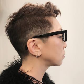 ショート モード 刈り上げ マニッシュ ヘアスタイルや髪型の写真・画像