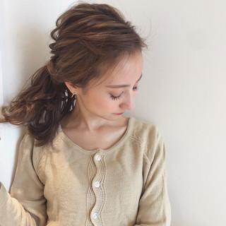 デート 簡単ヘアアレンジ ナチュラル ミディアム ヘアスタイルや髪型の写真・画像 ヘアスタイルや髪型の写真・画像