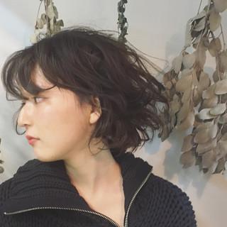 外国人風 色気 ボブ ストリート ヘアスタイルや髪型の写真・画像