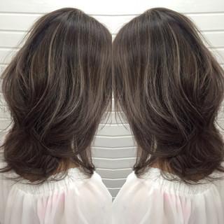 ダークアッシュ ハイライト 外国人風 ストリート ヘアスタイルや髪型の写真・画像