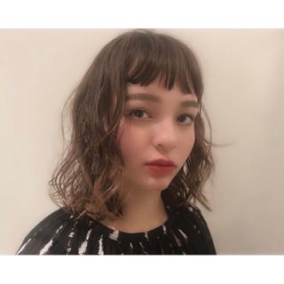 パーマ デート モテ髮シルエット セミロング ヘアスタイルや髪型の写真・画像