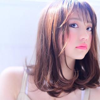 フェミニン 色気 おフェロ ミディアム ヘアスタイルや髪型の写真・画像