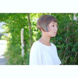 大人女子 ベリーショート 刈り上げ 小顔 ヘアスタイルや髪型の写真・画像