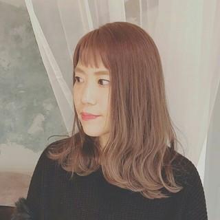 セミロング 色気 上品 ハイライト ヘアスタイルや髪型の写真・画像