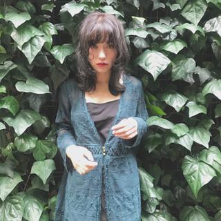 アンニュイ ウェーブ 秋 透明感 ヘアスタイルや髪型の写真・画像