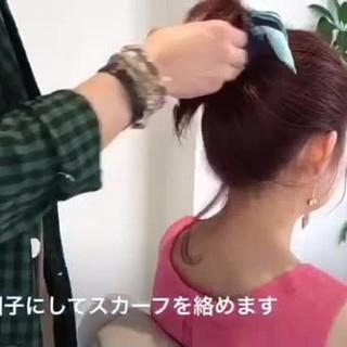 フェミニン ミディアム ヘアアクセ お団子 ヘアスタイルや髪型の写真・画像