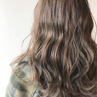 フェミニン マット グレージュ セミロング ヘアスタイルや髪型の写真・画像 ヘアスタイルや髪型の写真・画像