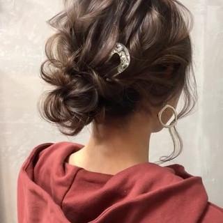 簡単ヘアアレンジ セミロング ナチュラル シニヨン ヘアスタイルや髪型の写真・画像