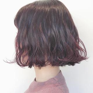 ナチュラル ボブ ラベンダーピンク 外ハネボブ ヘアスタイルや髪型の写真・画像