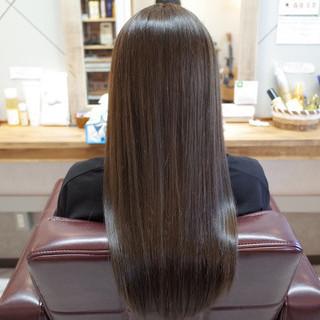 ストレート 美髪 ロング ナチュラル ヘアスタイルや髪型の写真・画像