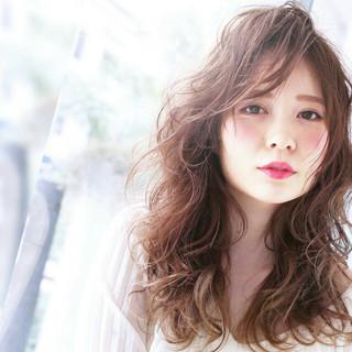 うざバング おフェロ 外国人風 セミロング ヘアスタイルや髪型の写真・画像