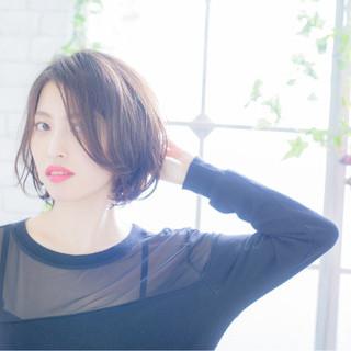 大人女子 外国人風 ピュア 黒髪 ヘアスタイルや髪型の写真・画像
