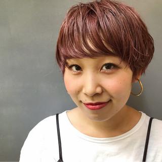 ウェーブ ピンク アンニュイ ハイトーン ヘアスタイルや髪型の写真・画像 ヘアスタイルや髪型の写真・画像