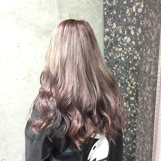 渋谷系 セミロング ガーリー ピンク ヘアスタイルや髪型の写真・画像