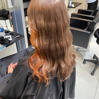 ガーリー アプリコットオレンジ ロング オレンジ ヘアスタイルや髪型の写真・画像