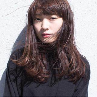 前髪あり パーマ セミロング 黒髪 ヘアスタイルや髪型の写真・画像