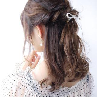 セミロング 女子力 大人かわいい オフィス ヘアスタイルや髪型の写真・画像