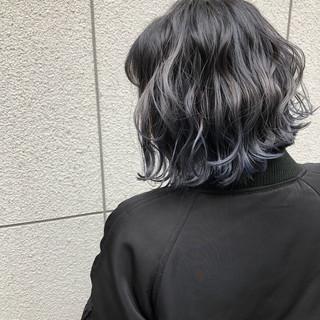 ストリート ボブ 外ハネボブ ダークグレー ヘアスタイルや髪型の写真・画像