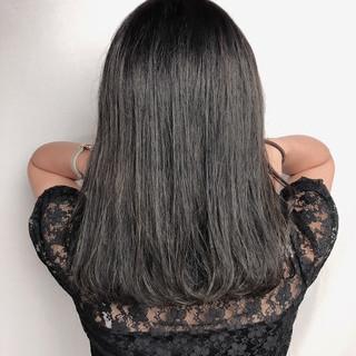ショートボブ ミディアム デート フェミニン ヘアスタイルや髪型の写真・画像