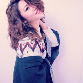 ゆるふわ 外国人風 セミロング パーマ ヘアスタイルや髪型の写真・画像