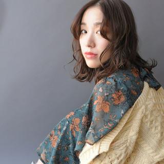 パーマ オシャレ ゆるふわ 大人かわいい ヘアスタイルや髪型の写真・画像