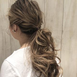 オフィス ナチュラル 簡単ヘアアレンジ デート ヘアスタイルや髪型の写真・画像 ヘアスタイルや髪型の写真・画像