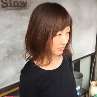 ウェットヘア 外ハネ かわいい ナチュラル ヘアスタイルや髪型の写真・画像
