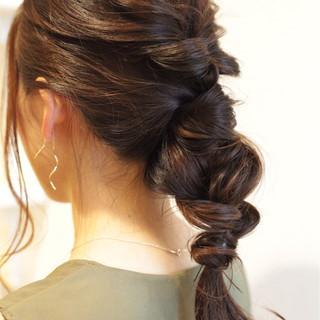 ロング 簡単ヘアアレンジ 大人女子 ヘアアレンジ ヘアスタイルや髪型の写真・画像