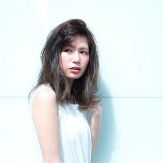 大人女子 かっこいい フェミニン ストレート ヘアスタイルや髪型の写真・画像